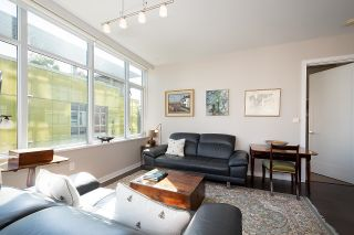 """Photo 10: 410 181 W 1ST Avenue in Vancouver: False Creek Condo for sale in """"The Brook"""" (Vancouver West)  : MLS®# R2614809"""