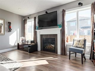Photo 12: 18 WINDWOOD Grove SW: Airdrie House for sale : MLS®# C4082940