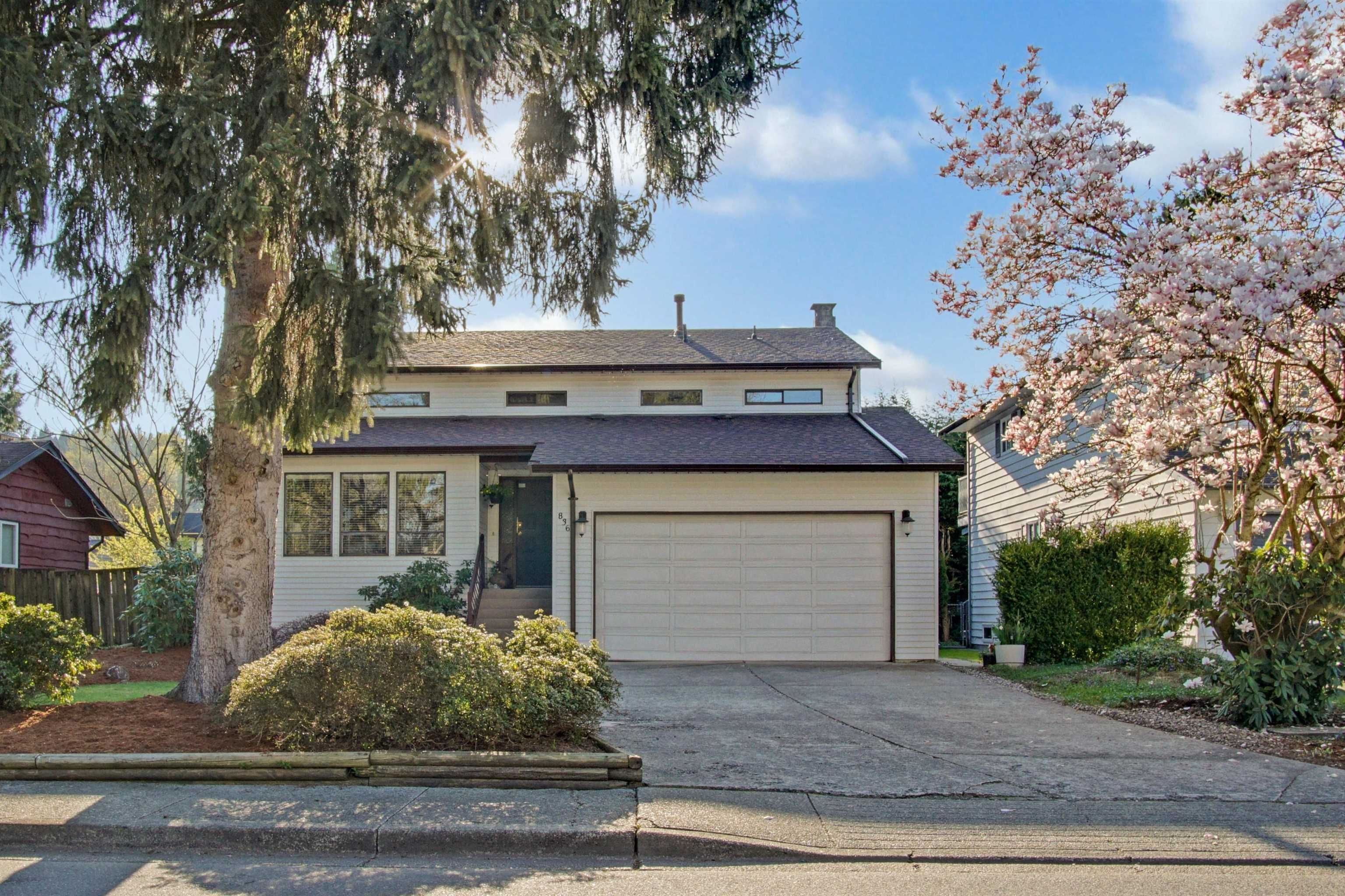 Main Photo: 836 IRVINE Street in Coquitlam: Meadow Brook House for sale : MLS®# R2611940