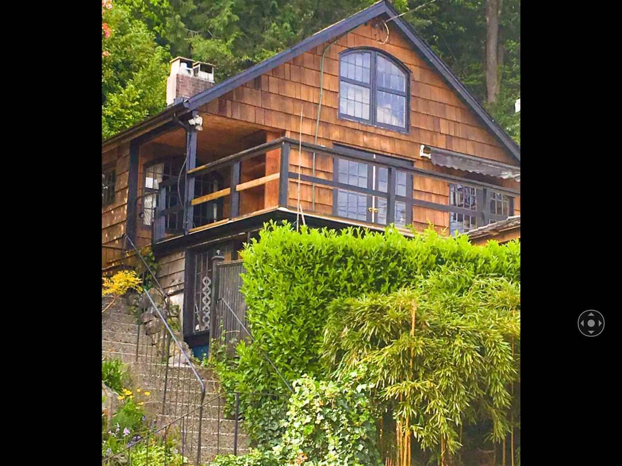 """Main Photo: 2671 PANORAMA Drive in North Vancouver: Deep Cove House for sale in """"DEEP COVE"""" : MLS®# R2476755"""
