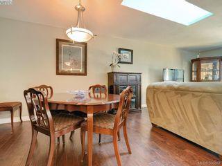 Photo 7: 3185 Monnington Pl in VICTORIA: La Glen Lake Half Duplex for sale (Langford)  : MLS®# 793814