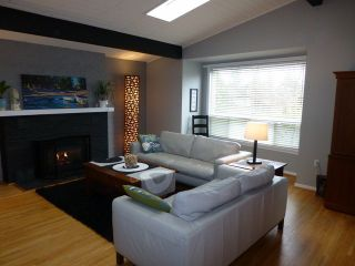 Photo 3: 12201 AGAR Street in Surrey: Crescent Bch Ocean Pk. House for sale (South Surrey White Rock)  : MLS®# F1228256