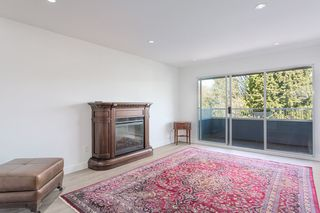 """Photo 5: 311 3875 W 4TH Avenue in Vancouver: Point Grey Condo for sale in """"Landmark"""" (Vancouver West)  : MLS®# R2567957"""