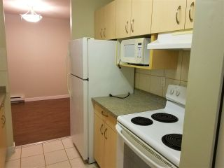 """Photo 2: 105 33598 GEORGE FERGUSON WA Way in Abbotsford: Central Abbotsford Condo for sale in """"NELSON MANOR"""" : MLS®# R2177338"""