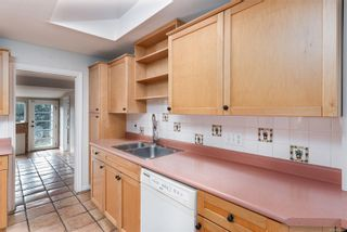 Photo 15: 1659 Kisber Ave in : SE Mt Tolmie House for sale (Saanich East)  : MLS®# 867420