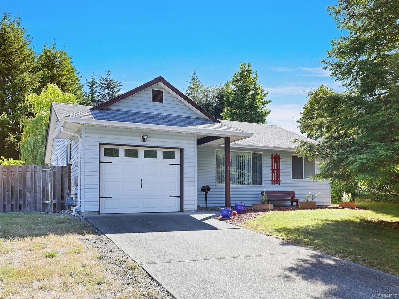 Main Photo: 611 S McPhedran Rd in CAMPBELL RIVER: CR Campbell River Central House for sale (Campbell River)  : MLS®# 844607
