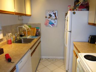 "Photo 7: 314 555 W 14TH Avenue in Vancouver: Fairview VW Condo for sale in ""Cambridge Place"" (Vancouver West)  : MLS®# R2423836"