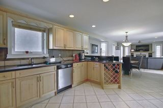 Photo 11: 1689 HECTOR Road in Edmonton: Zone 14 House for sale : MLS®# E4247485