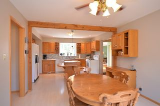 Photo 15: 27081 Hillside Road in RM Springfield: Single Family Detached for sale : MLS®# 1417302