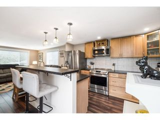 """Photo 8: 31 2035 MARTENS Street in Abbotsford: Abbotsford West Manufactured Home for sale in """"Maplewood Estates"""" : MLS®# R2624613"""