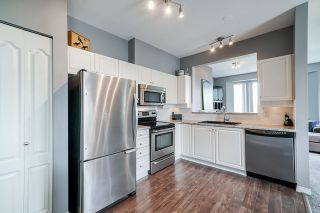"Photo 4: 401 5475 201 Street in Langley: Langley City Condo for sale in ""Heritage Park / Linwood Park"" : MLS®# R2478600"