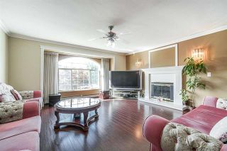 Photo 3: 9176 138 Street in Surrey: Bear Creek Green Timbers House for sale : MLS®# R2402252