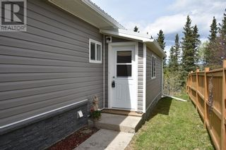 Photo 3: 112 Fir Avenue in Hinton: House for sale : MLS®# A1107925
