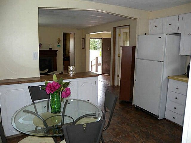 """Photo 2: Photos: 97 9950 WILSON Street in Mission: Stave Falls Manufactured Home for sale in """"RUSKIN PLACE"""" : MLS®# F1415221"""