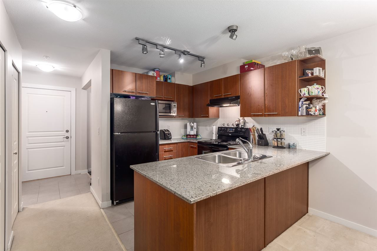 Photo 5: Photos: 203 4833 BRENTWOOD Drive in Burnaby: Brentwood Park Condo for sale (Burnaby North)  : MLS®# R2032211