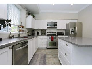 "Photo 8: 6798 184 Street in Surrey: Cloverdale BC 1/2 Duplex for sale in ""HEARTLAND"" (Cloverdale)  : MLS®# F1440702"