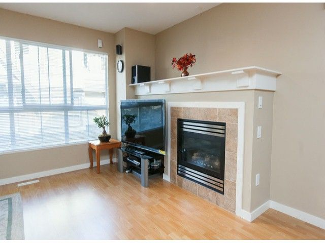 "Photo 4: Photos: 44 12738 66TH Avenue in Surrey: West Newton Townhouse for sale in ""Starwood"" : MLS®# F1323695"