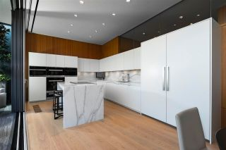 """Photo 13: PH3 777 RICHARDS Street in Vancouver: Downtown VW Condo for sale in """"Telus Garden"""" (Vancouver West)  : MLS®# R2589963"""