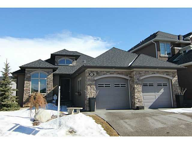 Main Photo: 369 EVERGREEN Circle SW in CALGARY: Shawnee Slps Evergreen Est Residential Detached Single Family for sale (Calgary)  : MLS®# C3551761