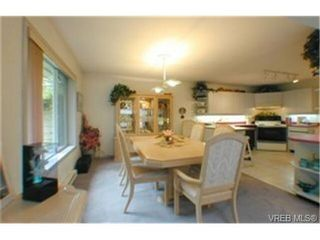 Photo 5: 11 1287 Verdier Ave in BRENTWOOD BAY: CS Brentwood Bay Row/Townhouse for sale (Central Saanich)  : MLS®# 339376