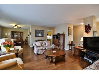 """Photo 4: 3 1850 HARBOUR Street in Port Coquitlam: Citadel PQ Townhouse for sale in """"RIVERSIDE HILL"""" : MLS®# R2012967"""
