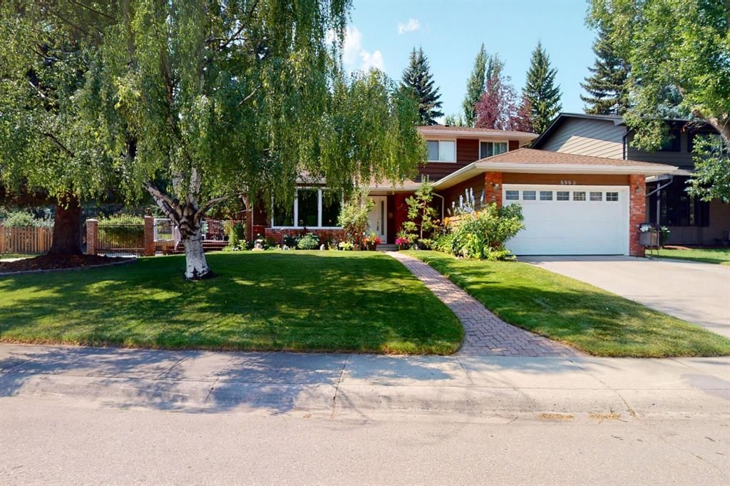 Main Photo: 8963 Bay Ridge Drive SW in Calgary: Bayview Detached for sale : MLS®# A1133882