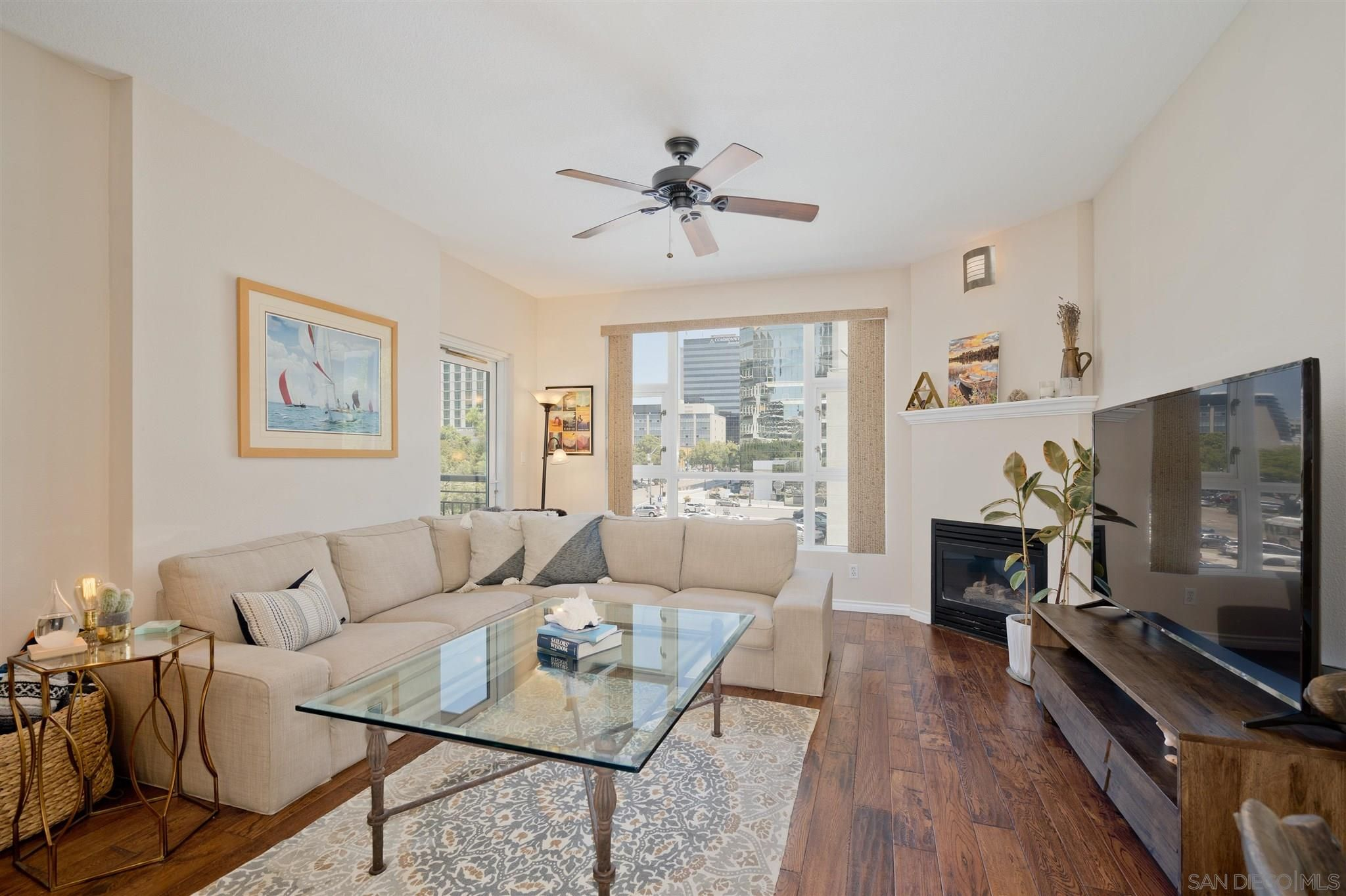 Main Photo: DOWNTOWN Condo for sale : 1 bedrooms : 1240 India St #421 in San Diego