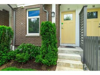 Photo 5: 17 9718 161A Street in Surrey: Fleetwood Tynehead Townhouse for sale : MLS®# R2592494