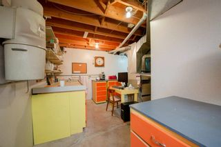 Photo 37: 88 Strathdale Close SW in Calgary: Strathcona Park Detached for sale : MLS®# A1116275