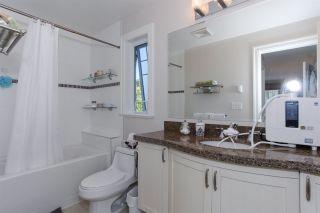 "Photo 13: 304 15357 ROPER Avenue: White Rock Condo for sale in ""REGENCY COURT"" (South Surrey White Rock)  : MLS®# R2171104"
