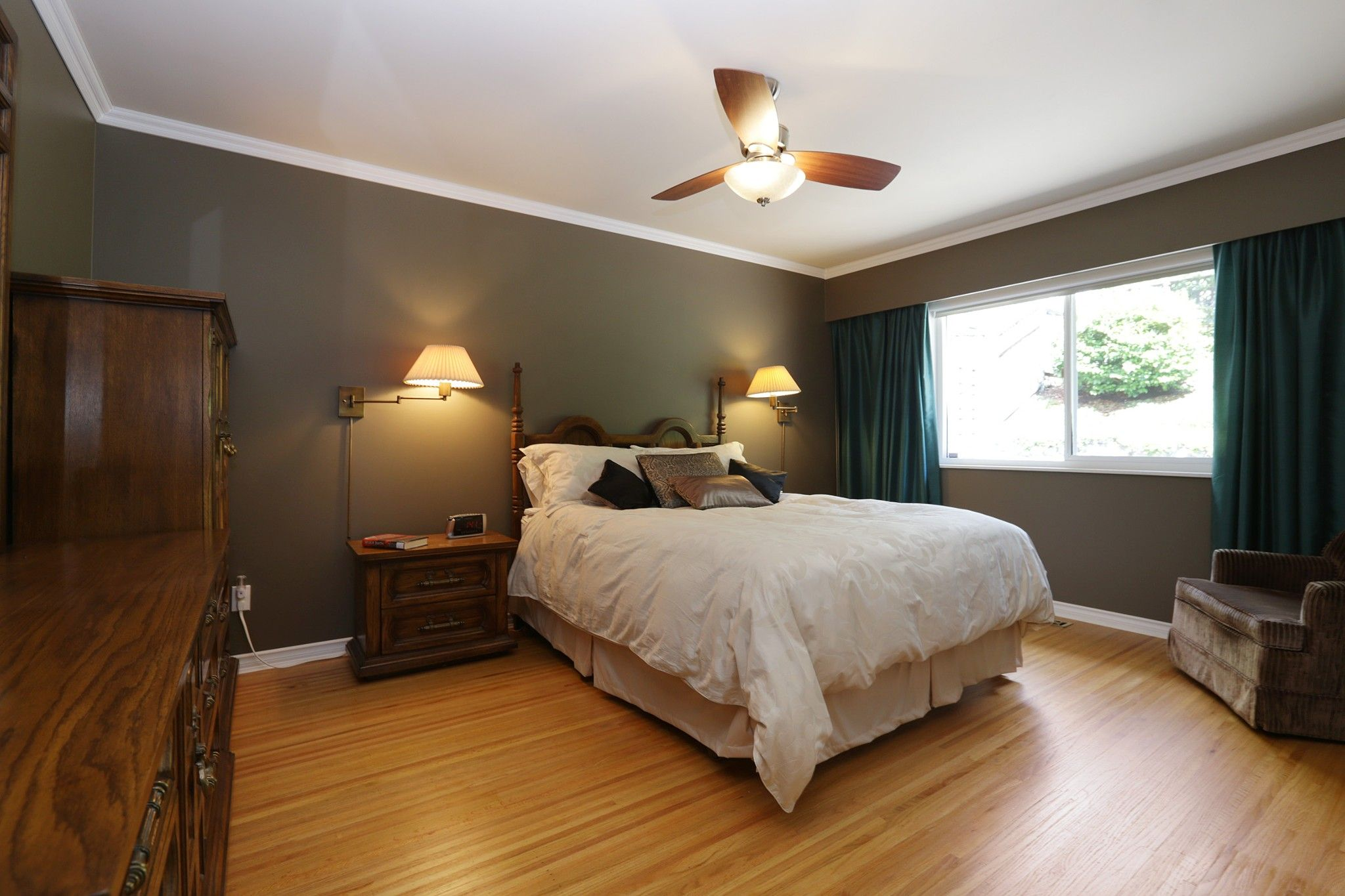 Photo 10: Photos: 372 VENTURA Crescent in North Vancouver: Upper Delbrook House for sale : MLS®# R2284717