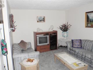 Photo 3: 2382 VICTORIA Street in Prince George: Downtown 1/2 Duplex for sale (PG City Central (Zone 72))  : MLS®# N205304