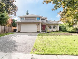 """Photo 1: 20672 93 Avenue in Langley: Walnut Grove House for sale in """"Forest Creek/Greenwood"""" : MLS®# R2622596"""
