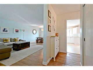 Photo 2: 6304 LACOMBE Way SW in Calgary: Lakeview House for sale : MLS®# C4020490