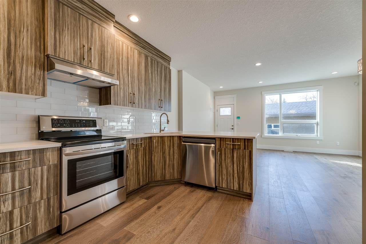 Main Photo: 11429 80 Avenue in Edmonton: Zone 15 House Half Duplex for sale : MLS®# E4202010