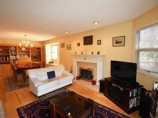 Photo 6: 3203 W 3RD Avenue in Vancouver: Kitsilano 1/2 Duplex for sale (Vancouver West)  : MLS®# R2053036