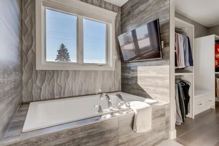 Photo 29: 25 Windermere Road SW in Calgary: Wildwood Detached for sale : MLS®# A1073036