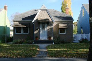 Main Photo: 825 Goulding Street/West End in Winnipeg: West End / Wolseley Single Family Detached for sale (West Winnipeg)  : MLS®# 2810005
