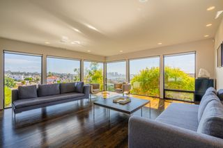 Photo 3: MISSION HILLS House for sale : 3 bedrooms : 2021 Rodelane St in San Diego