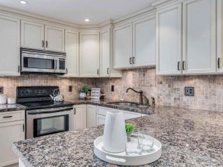 """Photo 3: 8 1266 W 6TH Avenue in Vancouver: Fairview VW Townhouse for sale in """"Camden Court"""" (Vancouver West)  : MLS®# R2487399"""