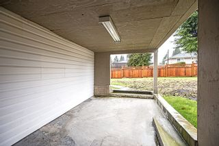 Photo 15: 412 DRAYCOTT Street in Coquitlam: Central Coquitlam House for sale : MLS®# R2034176