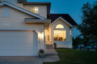 Photo 2: 202 Royal Birch View NW in Calgary: Royal Oak Detached for sale : MLS®# A1132395