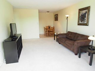 "Photo 7: 106 131 W 4TH Street in North Vancouver: Lower Lonsdale Condo for sale in ""NOTTINGHAM PLACE"" : MLS®# V1069203"