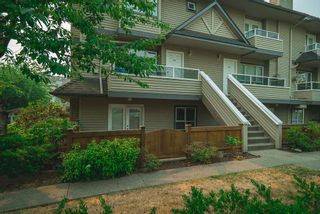"""Photo 2: 104 3938 ALBERT Street in Burnaby: Vancouver Heights Townhouse for sale in """"HERITAGE GREENE"""" (Burnaby North)  : MLS®# R2300525"""