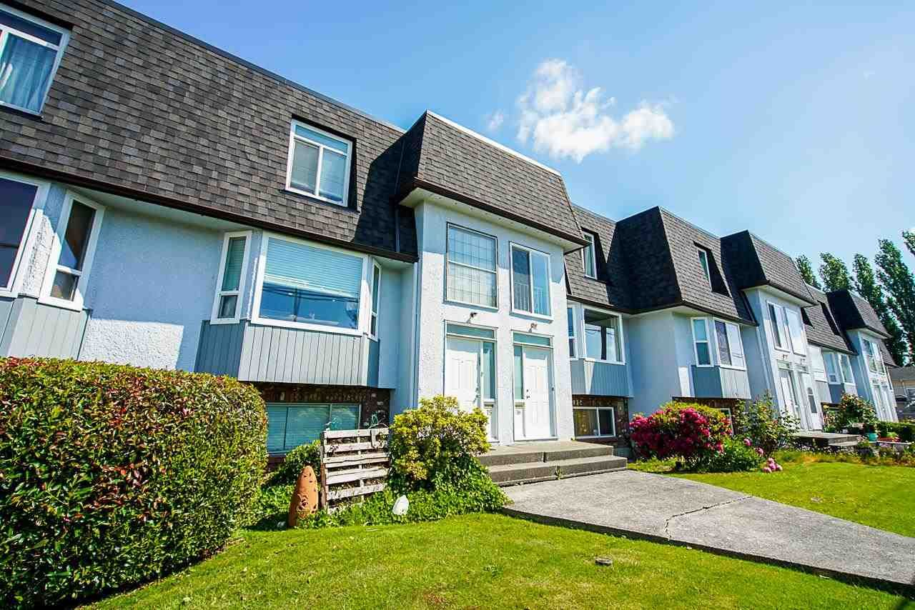 Main Photo: 16 8311 STEVESTON Highway in Richmond: South Arm Townhouse for sale : MLS®# R2585092