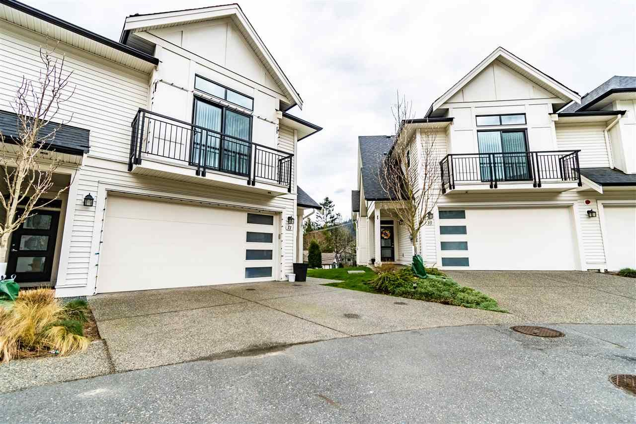 """Main Photo: 11 5797 PROMONTORY Road in Chilliwack: Promontory Townhouse for sale in """"Thorton Terrace"""" (Sardis)  : MLS®# R2554976"""