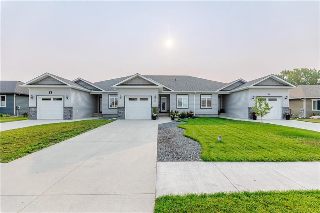 Welcome to 37 Crystal Drive in Oakbank, MB!