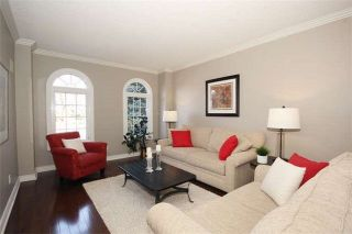 Photo 4: 37 Lofthouse Dr in Whitby: Rolling Acres Freehold for sale : MLS®# E4053705