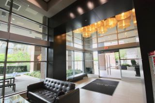 """Photo 2: 909 1155 THE HIGH Street in Coquitlam: North Coquitlam Condo for sale in """"M ONE"""" : MLS®# R2362206"""
