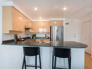 Photo 11: 305 1009 EXPO BOULEVARD in Vancouver: Yaletown Condo for sale (Vancouver West)  : MLS®# R2575432